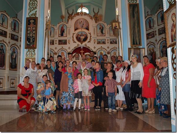 Все вместе в храме после службы